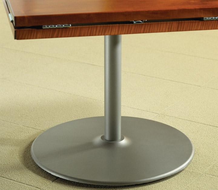 Dropleaf Table Folded Leaf Detail