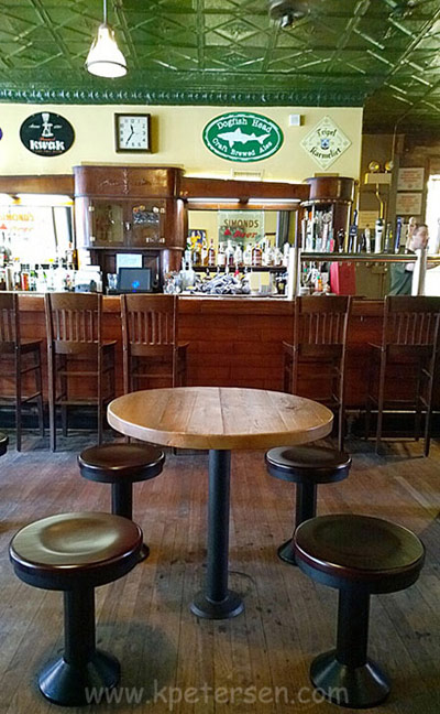 Wood Seat Contemporary Style Bolt Down Soda Fountain