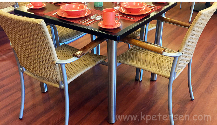 Stainless Steel Table Legs Restaurant Installation